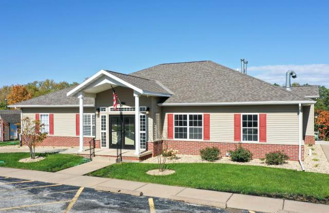 Rock River Townhomes - 900 Crampton Ave, Carbon Cliff, IL 61239