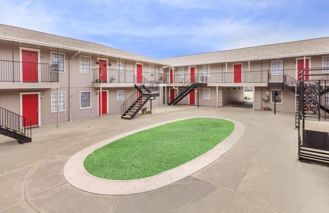 Villas at Park Place - 8345 Park Place Boulevard, Houston, TX 77017