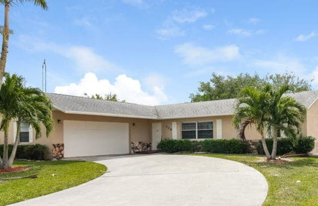 138 Dove Circle - 138 Dove Circle, Royal Palm Beach, FL 33411