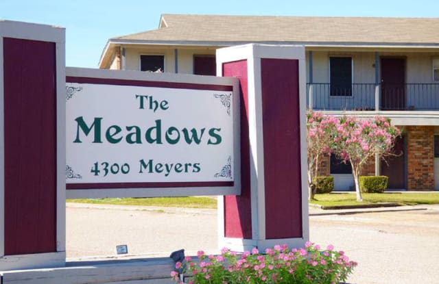 Meadows - 4300 Meyers Ln, Waco, TX 76705