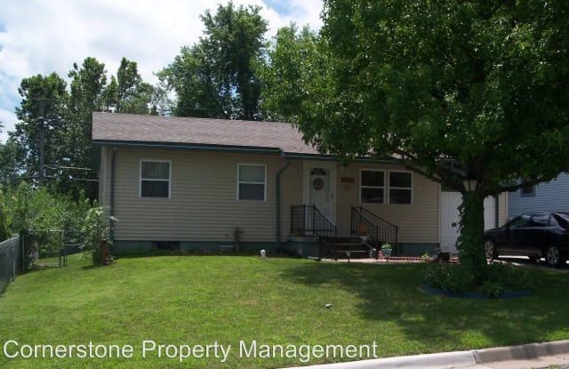 1425 W. 14th St. - 1425 West 14th Street, Junction City, KS 66441