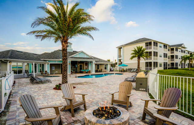Lakehouse Luxury Apartments - 3003 S Frontage Rd, Plant City, FL 33566