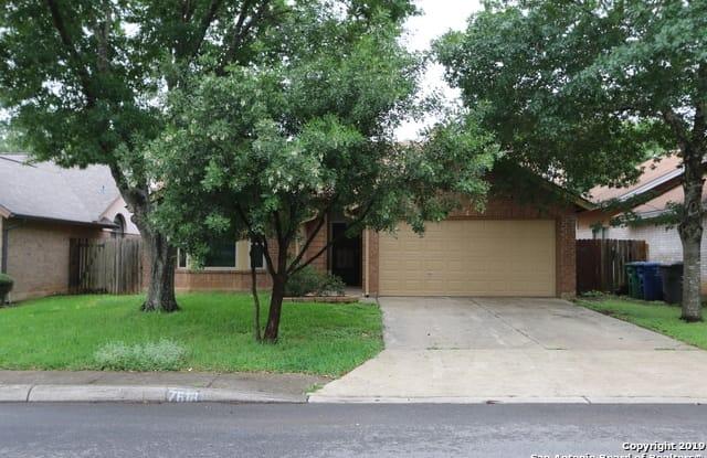 7618 SPANISH WOOD - 7618 Spanish Wood, San Antonio, TX 78249