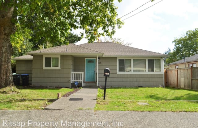 1325 Garrison AVe - 1325 Garrison Avenue, Port Orchard, WA 98366