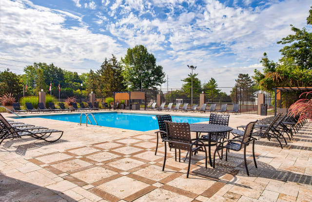 Scandia Apartments - 9250 Kungsholm Dr, Indianapolis, IN 46250