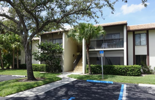 1635 SW Silver Pine Way - 1635 Southwest Silver Pine Way, Palm City, FL 34990