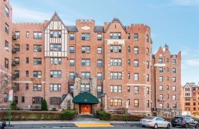 10 Nosband Avenue - 10 Nosband Avenue, White Plains, NY 10605