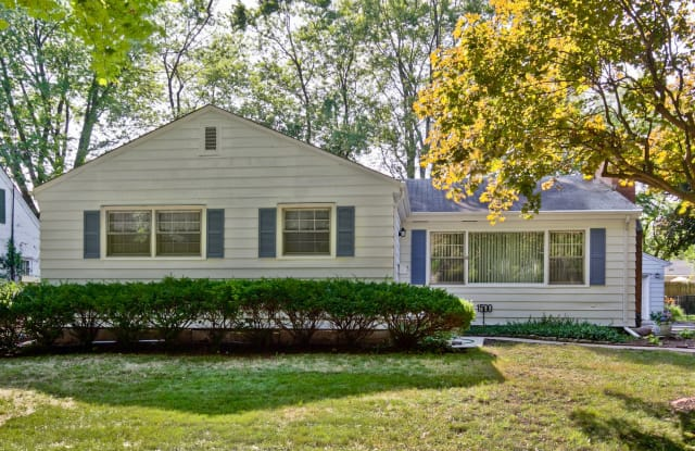 1500 WILLOW Street - 1500 Willow St, Lake Forest, IL 60045