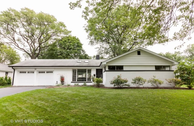 23 Springlake Avenue - 23 Spring Lake Avenue, Hinsdale, IL 60521