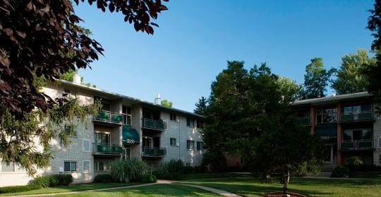 20 best cheap apartments in fairfax va with pictures pinewood plaza apartments pinewood plaza apartments solutioingenieria Images