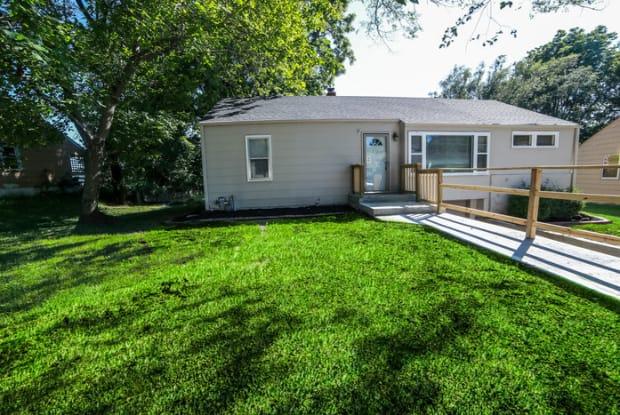 3715 Delridge Rd - 3715 Delridge Road, Independence, MO 64052