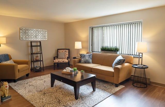 Maiden Bridge & Canongate Apartments - 100 White Hampton Ln, Pittsburgh, PA 15236
