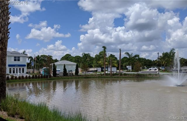 377 SE Sea Hunt Way - 377 SE Sea Hunt Way, Stuart, FL 34994