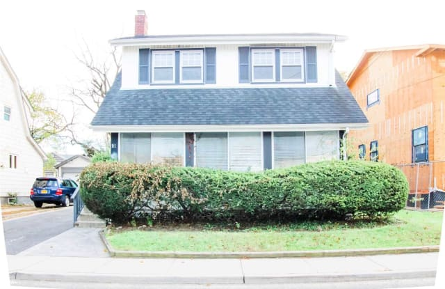91 Brower Ave - 91 Brower Avenue, Woodmere, NY 11598