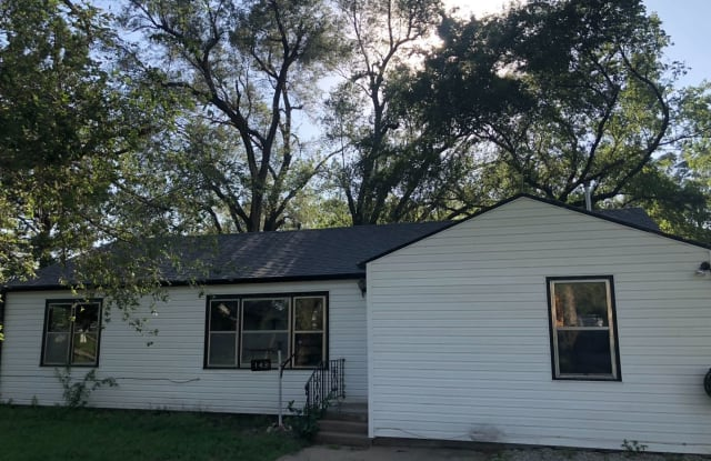 143 Dacey - 143 N Dacey Ave, Bentley, KS 67016