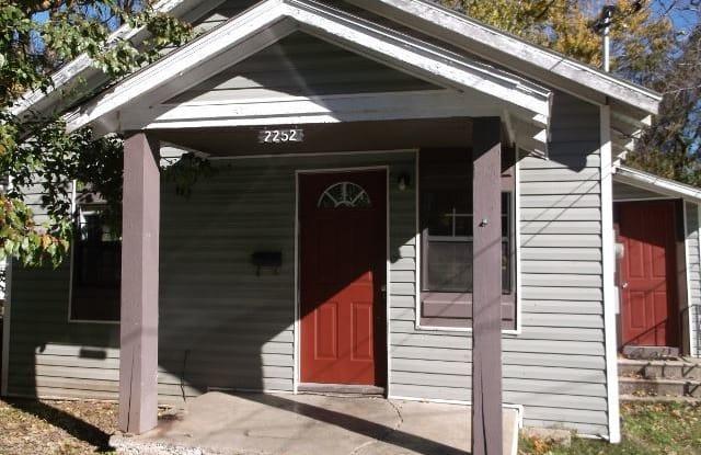 2252 N Lyon Ave - 2252 North Lyon Avenue, Springfield, MO 65803