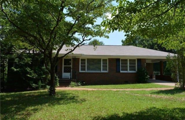 1617 Pine Circle - 1617 Pine Circle, Mableton, GA 30168