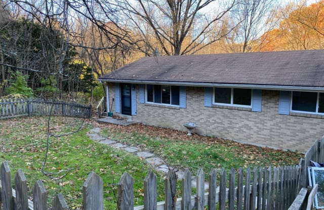 3310 New England Road - 3310 New England Road, West Mifflin, PA 15122