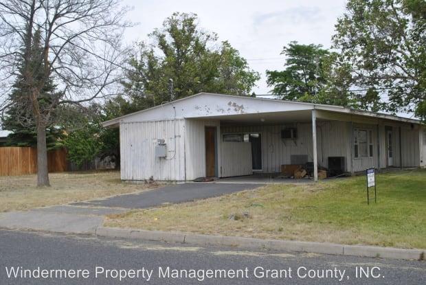 108 SCHILLING - 108 Schilling Drive, Moses Lake North, WA 98837