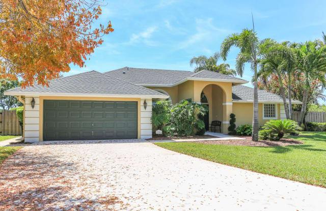 2980 Werwood Court - 2980 Werwood Court, Wellington, FL 33414