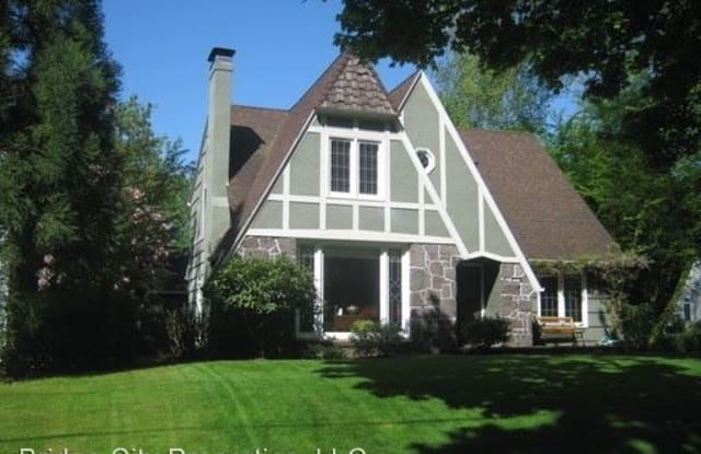 6307 SE 34th Ave. - 6307 Southeast 34th Avenue, Portland, OR 97202