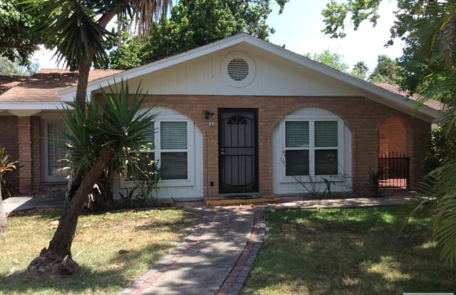 6 COUNTRY CLUB RD. - 6 Country Club Road, Brownsville, TX 78520