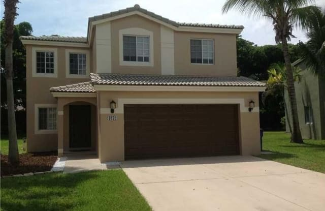 4670 SW 12TH CT - 4670 Southwest 12th Court, Deerfield Beach, FL 33442