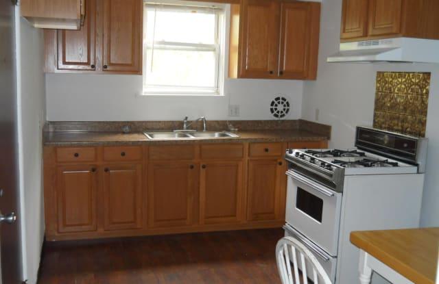 240 E Grove Apt 4 St - 240 E Grove St, Clarks Green, PA 18411