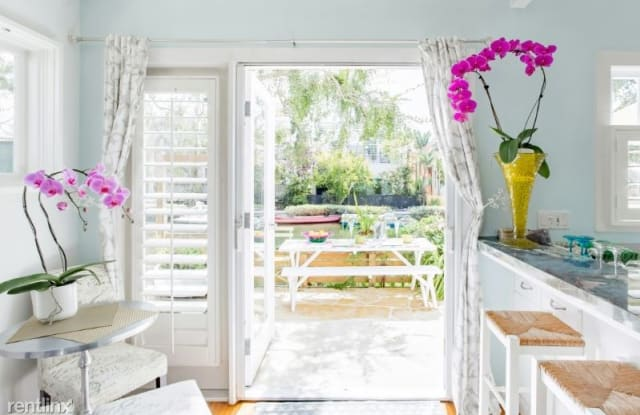 445 Carroll Canal Ct - 445 Carroll Canal Court, Los Angeles, CA 90291