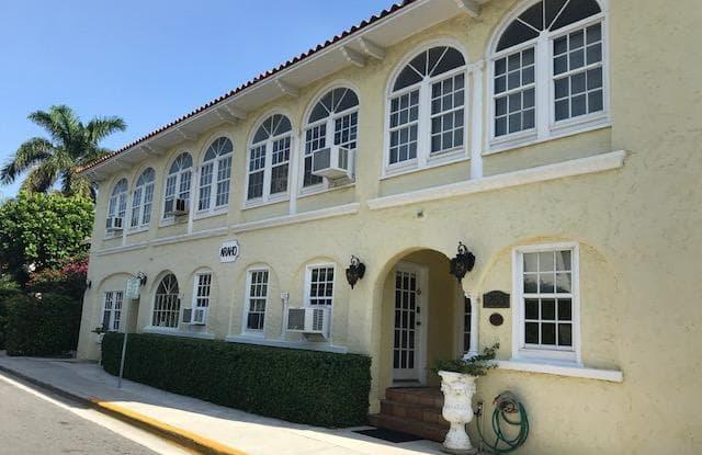 253 Oleander Avenue - 253 Oleander Avenue, Palm Beach, FL 33480