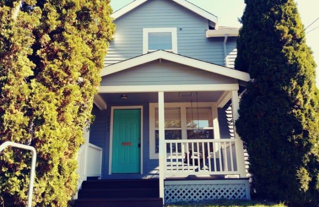 5842 Northeast 10th Avenue - 5842 Northeast 10th Avenue, Portland, OR 97211