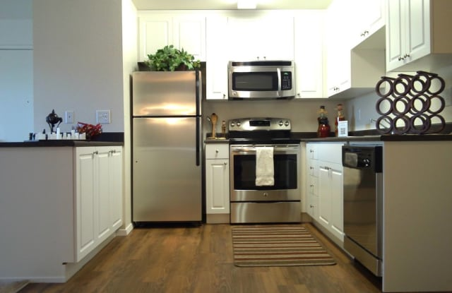 Date Tree Apartment Homes - 4909 Date Avenue, Sacramento, CA 95841