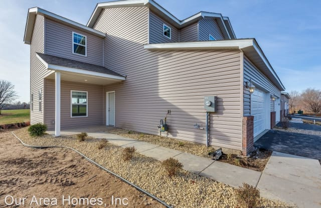 12641 Pond View Rd - 12641 Pond View Road, Zimmerman, MN 55398