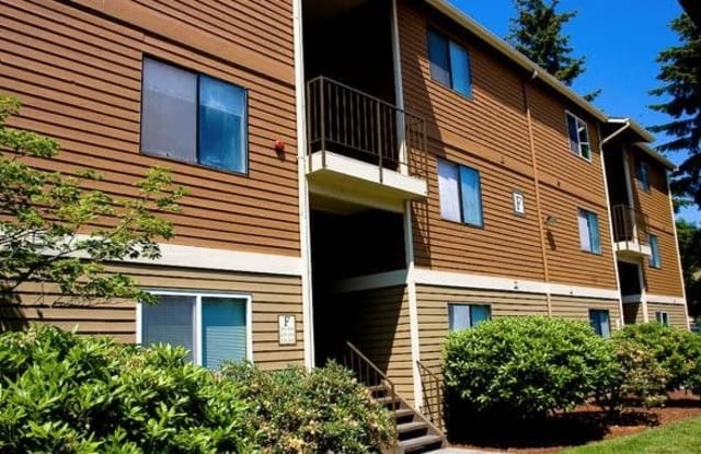 Timberline Court - 1020 112th St SW, Everett, WA 98204