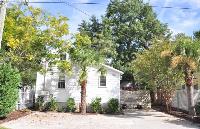 425 King Street - 425 King St, Mount Pleasant, SC 29464