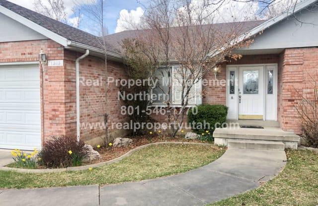 1383 Indian Springs Cir - 1383 South Indian Springs Drive, Layton, UT 84040