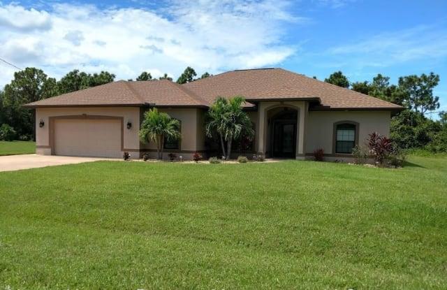 55 Pinehurst Place - 55 Pinehurst Place, Rotonda, FL 33947