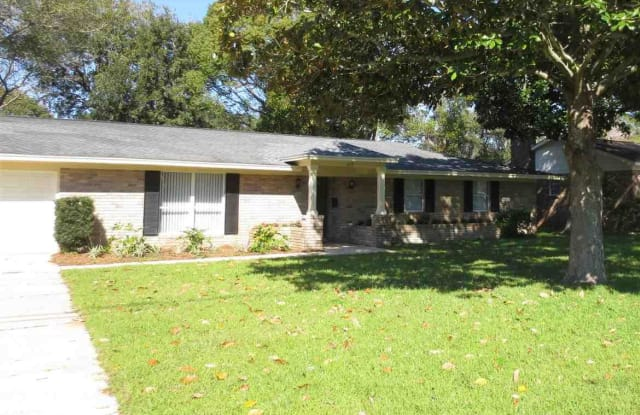115 S SUNSET BLVD - 115 South Sunset Boulevard, Gulf Breeze, FL 32561