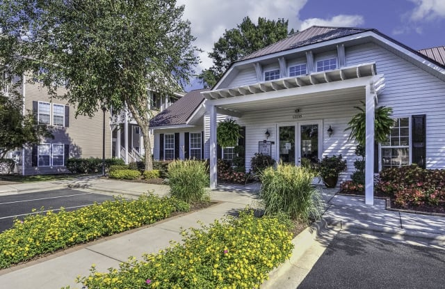 Arbor Steele Creek Apartment Homes - 12235 Stone Arbor Way, Charlotte, NC 28273