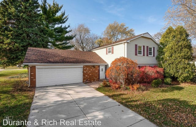 340 Weidner Road - 340 Weidner Road, Buffalo Grove, IL 60089