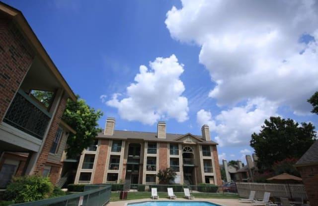Aria Apartments - 5315 Gawain Dr, San Antonio, TX 78218