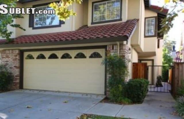 1639 Holly Cir - 1639 Holly Circle, Pleasanton, CA 94566