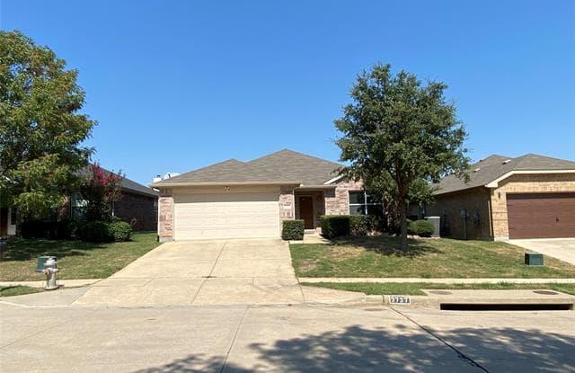3737 Palm Drive - 3737 Palm Drive, Fort Worth, TX 76244