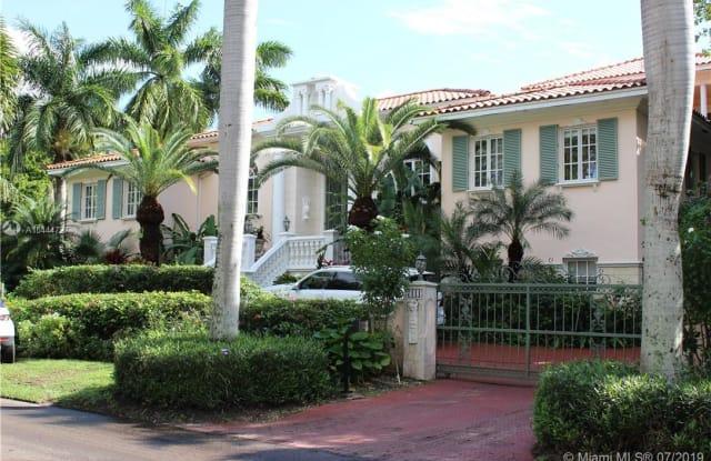 7111 Los Pinos Blvd - 7111 Los Pinos Boulevard, Coral Gables, FL 33143