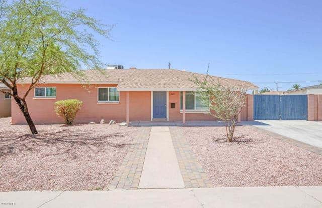 2122 W SOLANO Drive - 2122 West Solano Drive, Phoenix, AZ 85015