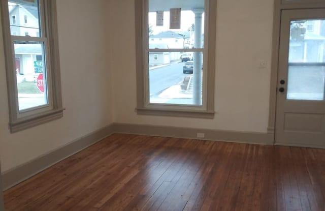 303 N MARKET ST - 303 North Market Street, Elizabethtown, PA 17022