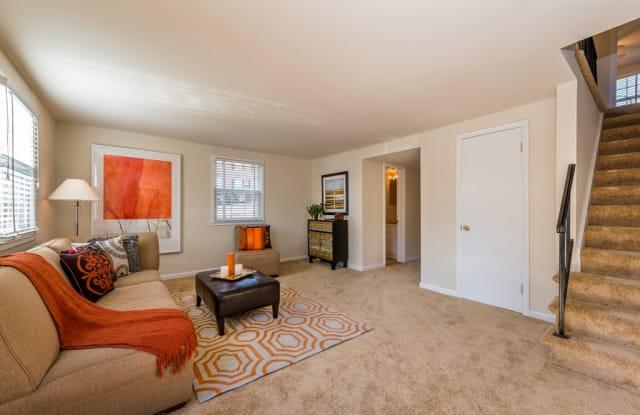 Longview Apartments - 13725 Lynn St, Woodbridge, VA 22191