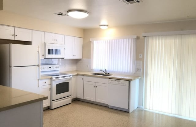 6839 West Beatrice Street - 6839 West Beatrice Street, Phoenix, AZ 85043