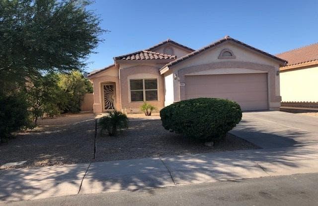 866 E SARATOGA Street - 866 East Saratoga Street, Gilbert, AZ 85296