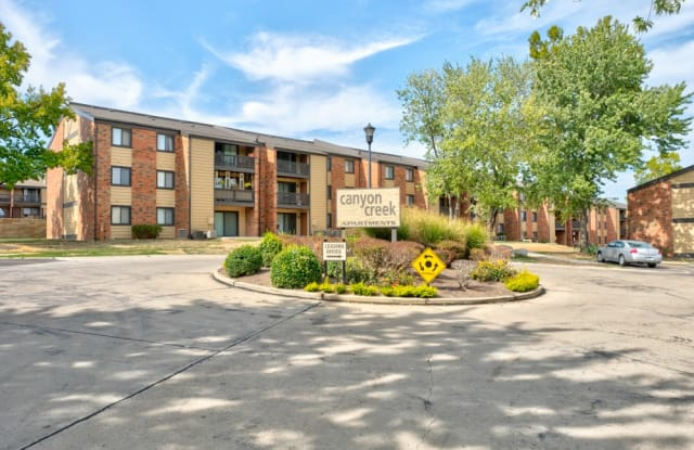 Canyon Creek - 4851 Lemay Ferry Rd, Mehlville, MO 63129